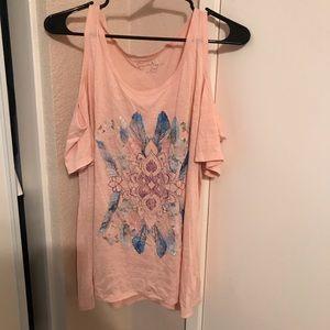 Jessica Simpson cold shoulder top. Size XL.
